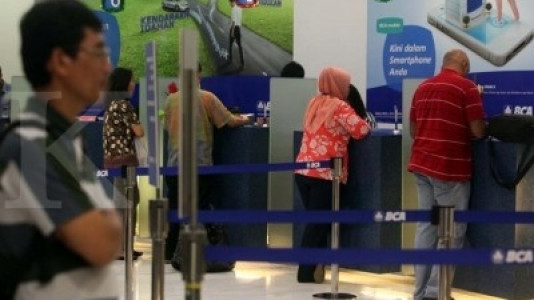 Suku bunga turun, bank berlomba genjot fee based income